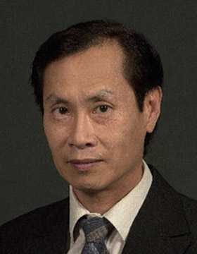 Peter Chen's Headshot